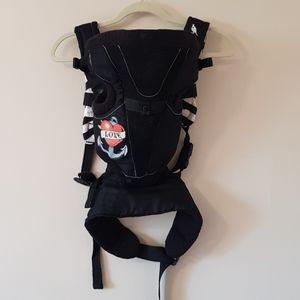 Snugli soft padded baby carrier
